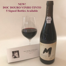 DOC Douro Case with Signed Bottle